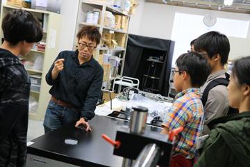 「理学部第一部応用物理学科オープンラボ」を開催(6/9・開催報告)_04