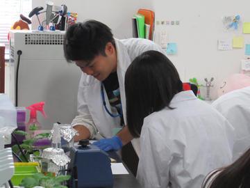 「高校生のためのサイエンスプログラム-あなたも1日大学生-」を開催(8/31・開催報告)_有村研究室②