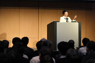 本学 向井 千秋特任副学長が「朝日宇宙フォーラム2020」において基調講演